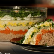 Sałatka z marchewką i tuńczykiem