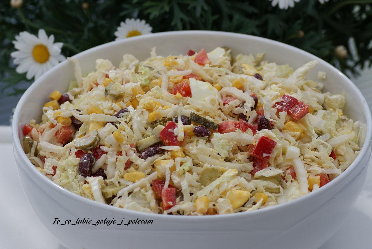 Salatka Z Kapusty Pekinskiej I Czerwonej Fasoli To Co Lubie Gotuje
